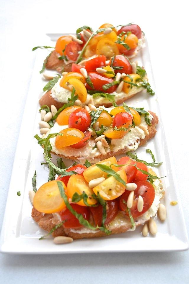 Feta with Tomato Crostini, creamy, salty, cream cheesy, fresh tomatoes ...