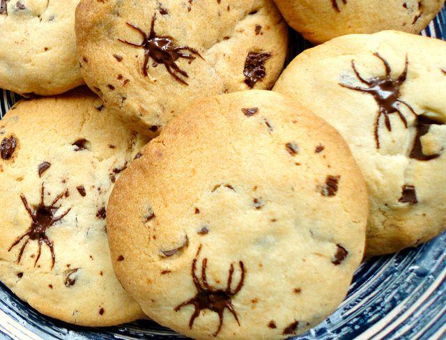 Halloween Chocolate Chip Spider Cookies