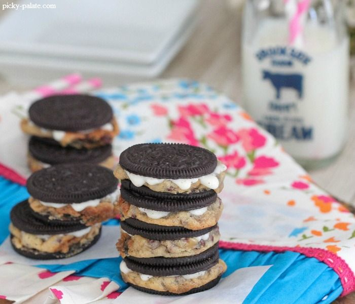 Warm Baked Chocolate Chip Cookie Stuffed Oreos...WHAT MADNESS IS THIS ...