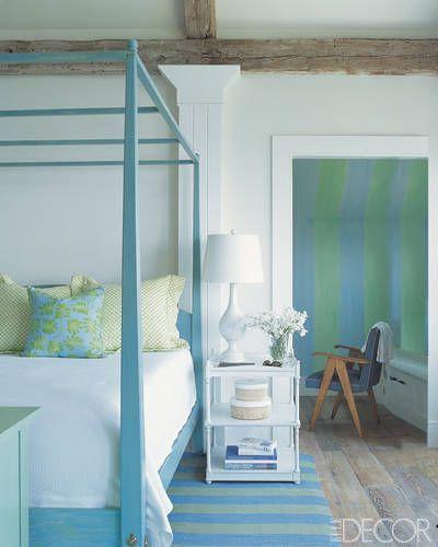 Cofounder of seacloth fabrics susan harris dressed her bedroom in