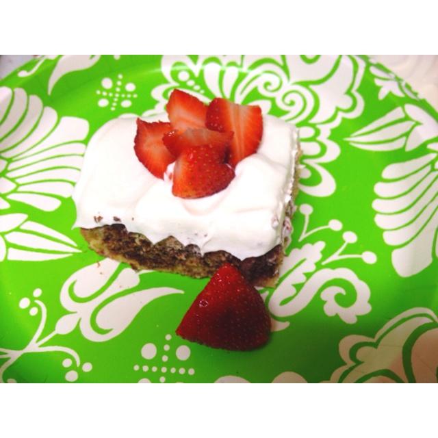 Low sugar lowfat strawberry marble cake | Favorite Recipes | Pinterest