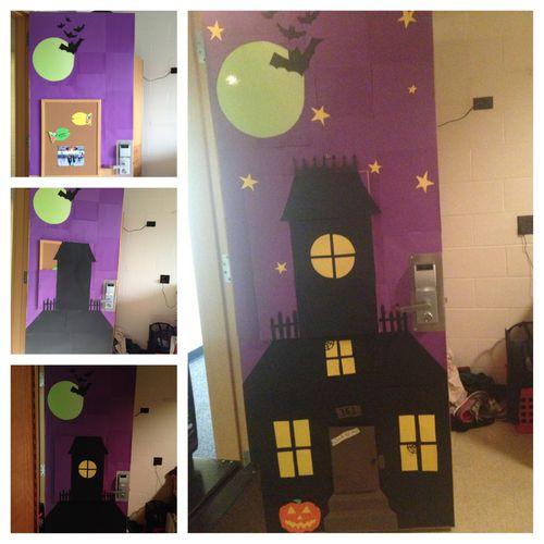 Halloween Door Decoration  Classroom Bulletin Boards  ~ 223105_Halloween Door Decorations Classroom