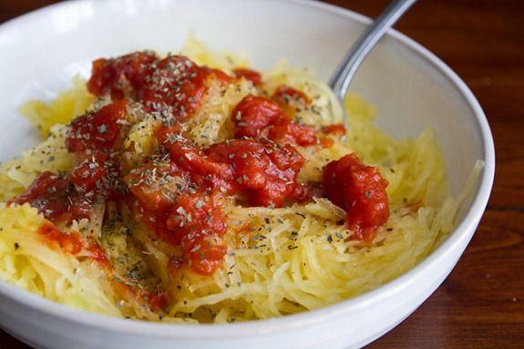 how to roast a spaghetti squash Creamy Avocado Spaghetti Squash Pasta ...