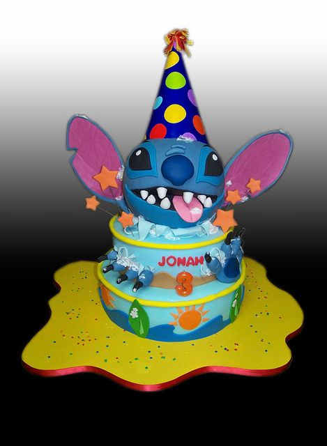 Stitch Birthday Cake by Gio's Cakes, via Flickr  Attention Lacy