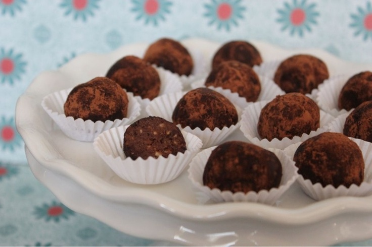 Nutella Cream Cheese Truffles | Eat DESSERT first! | Pinterest