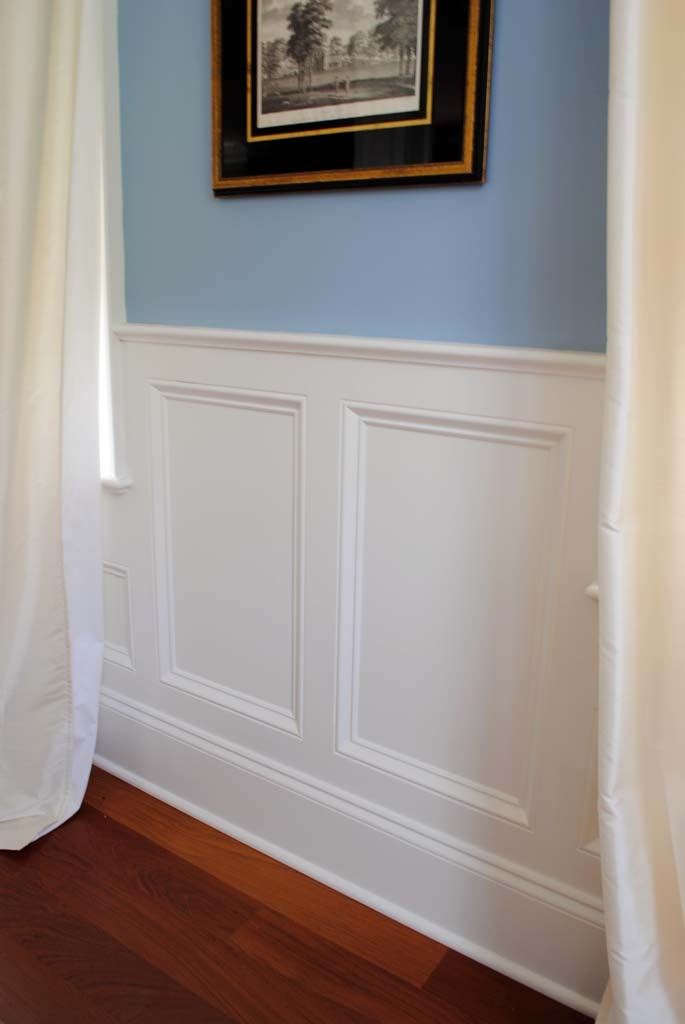 Another style of wainscoting rental renovations pinterest for Examples of wainscoting