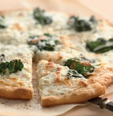 spinach, ricotta, and feta pizza. | Main dishes | Pinterest