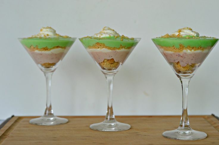 Strawberry Margarita Parfaits #FWCon - Hezzi-D's Books and Cooks