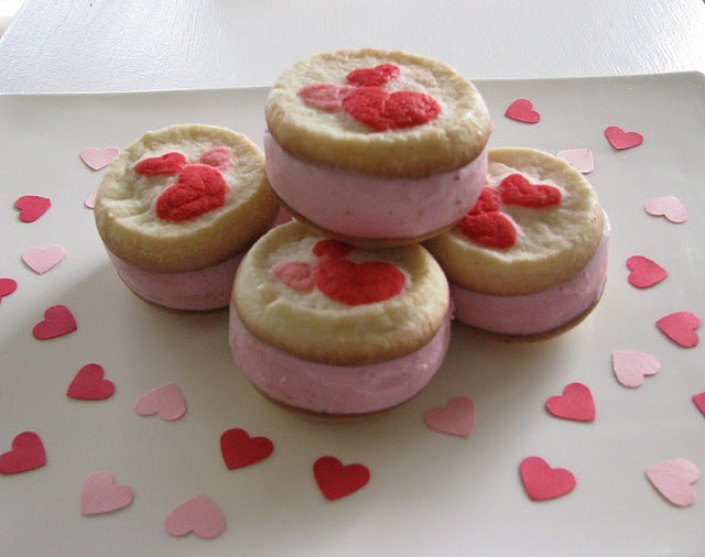Valentines ice cream sandwiches | Valentines Day | Pinterest
