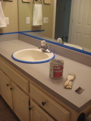Painting laminate counter tops to make them look like stone with out the high price. @Barbara Fincher