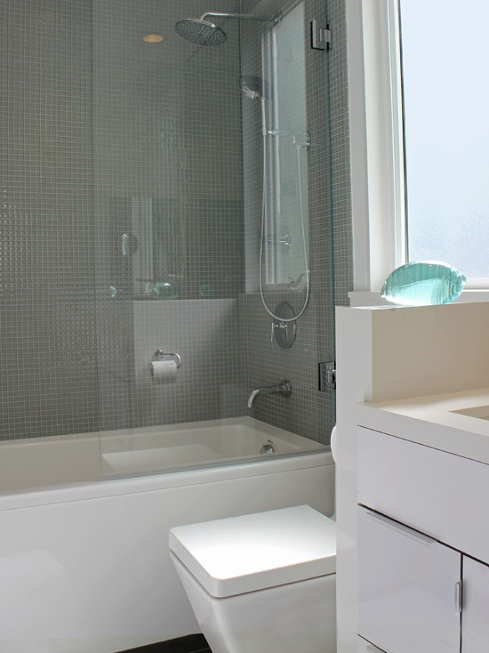 Bright bathroom design pictures remodel decor and ideas page 10