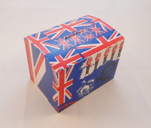 Jubilee Themed Union Jack Wooden Money Box Free P P