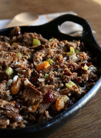 Whole Grain Stuffing with Dried Fruit and Pecans. #Thanksgiving http ...