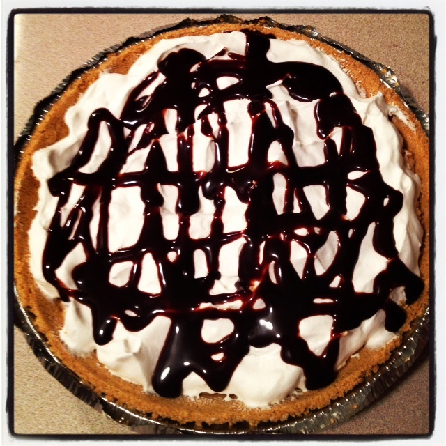 Skinny No Bake Peanut Butter Pie | Trying to Cook | Pinterest