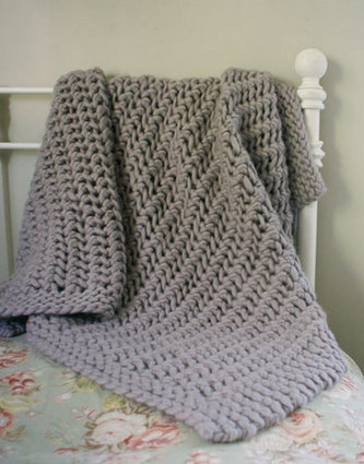 Mary Maxim - Free Chunky Blanket Crochet Pattern