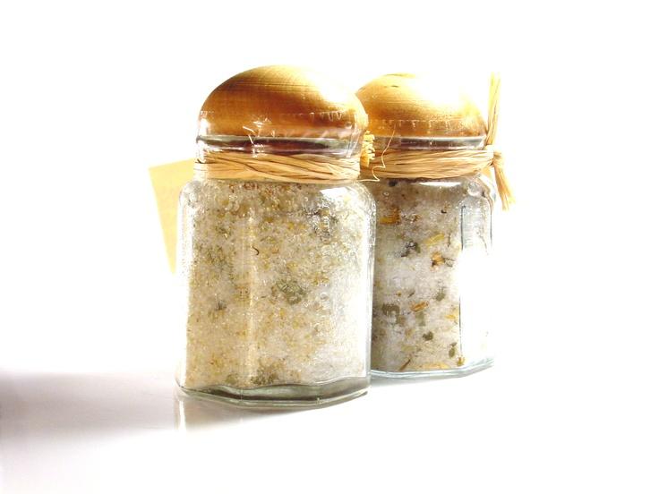 Bath Salt with Chamomille Herbs
