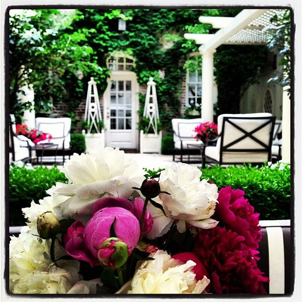 gorgeous patio | Outdoor Decorating Ideas | Pinterest