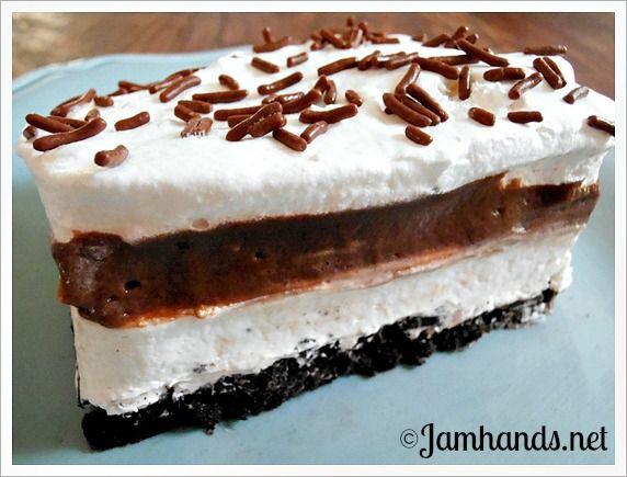 Classic Oreo Icebox Dessert | Yummies! | Pinterest