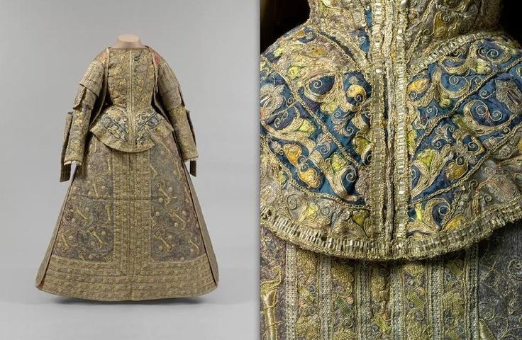 late 16th century Spanish dress