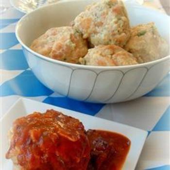 Semmelknoedel (Bread Dumplings)