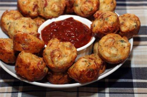 Pepperoni Pizza Puffs - A great game day snack!