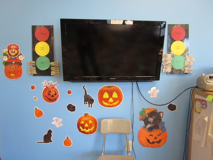 retro halloween decor cute classroom ideas pinterest