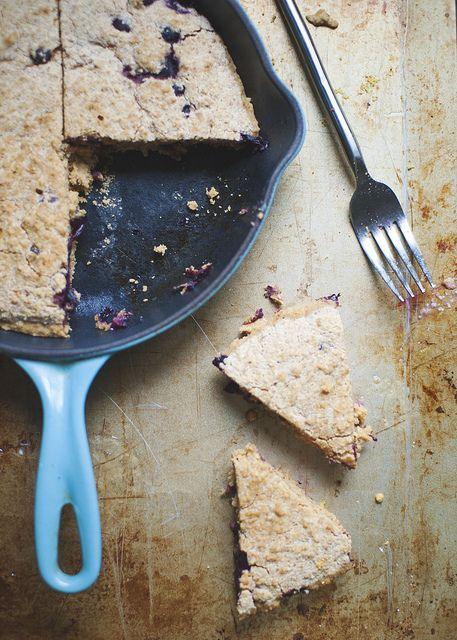 Blueberry Lemon Cornmeal Cake   neverhomemaker [vegan, gluten free]