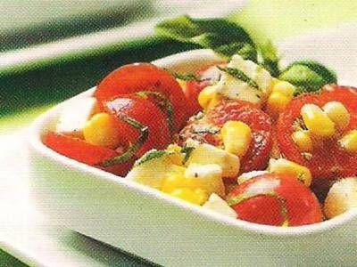 Caprese corn salad | Salads- Green and Vegetable /fruit | Pinterest