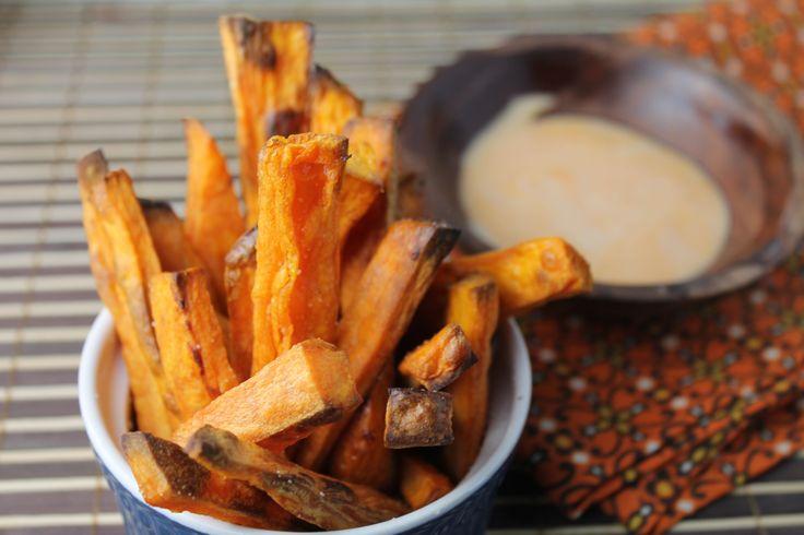 Crispy Paleo Oven Baked Sweet Potato Fries #TessatheDomesticDiva