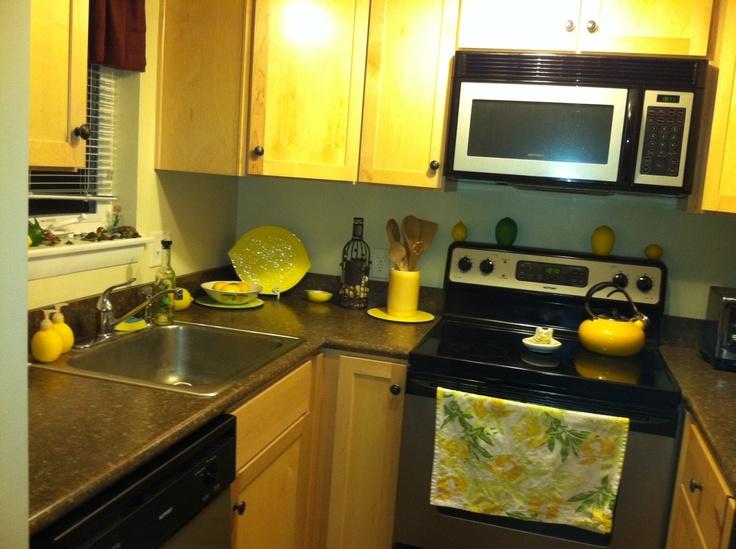 My lemon themed kitchen. | {french} home decor | Pinterest