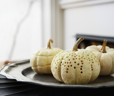 White Pumpkins for Halloween Decorating // Photographer Michael Graydon // House & Home October 2009 issue