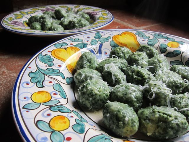 Gnudi--Tuscan dish that can also be described as naked ravioli. This ...