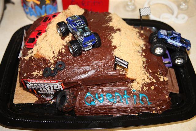 Monster truck cake! #monstertruck #cake