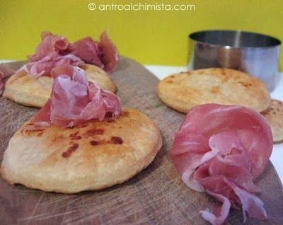 ... di Prosciutto di Parma - Parmesan Puff Pastry Crackers with Parma Ham