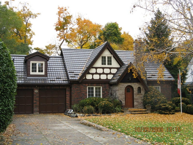Best Tudor Style Home With A Hy Grade Roof Home Inspirations 640 x 480