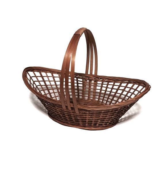 Vintage wicker flat reed oval gathering basket for Wicker reed