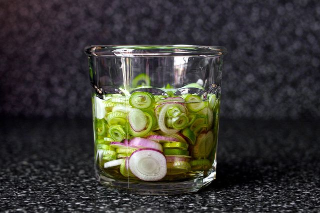 Pickled spring onions for salads (Smitten Kitchen)