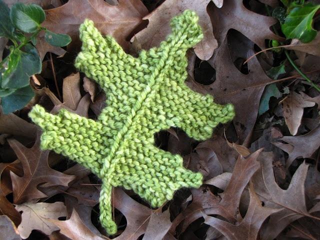 Oak Leaf Knitting Pattern Free : Pin Oak Leaf Pattern, Free Knitting Pinterest