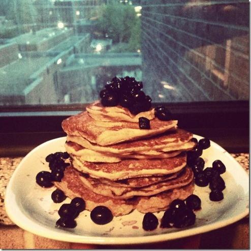 Single serving Whole Wheat Pancakes | yum yum | Pinterest
