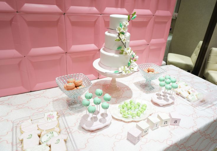 """""""Sweet Peas"""" Baby Shower - such a sweet theme for twins!"""
