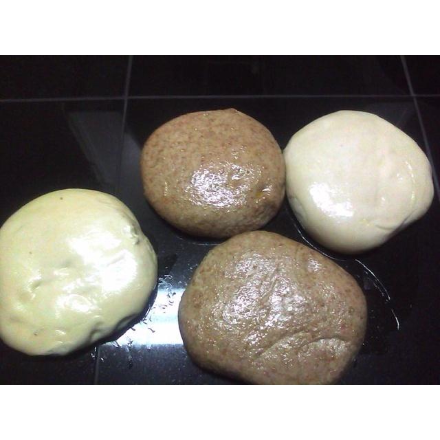 Pizza dough: semolina & wheat | Breads, Breadmaking, Ovens | Pinterest
