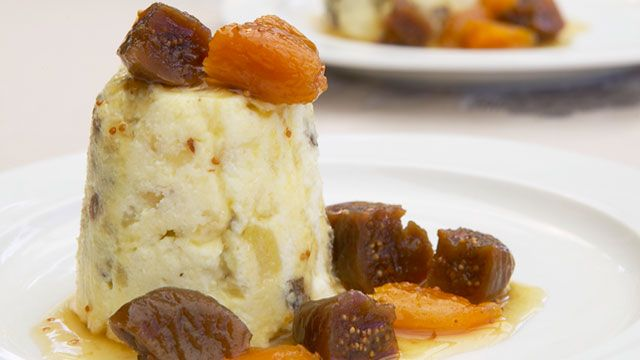 Russia's pashka with poached fruit | PRINTemps | Pinterest