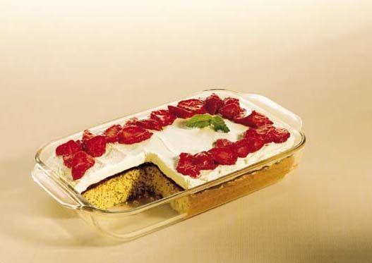 bake cake in pyrex