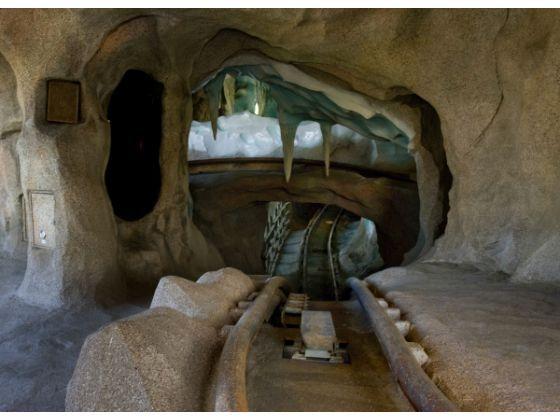 Pictures Of Matterhorn Bobsleds Inside Www Kidskunst Info