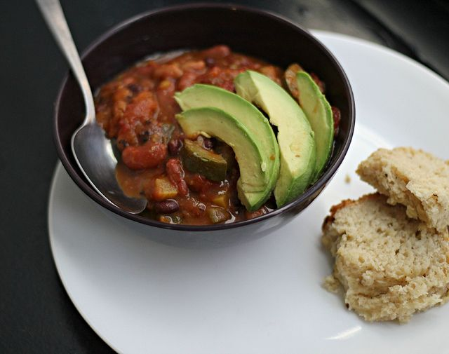Smoky Chipotle Vegetarian Chili with Parmesan-Black Pepper Beer Bread ...