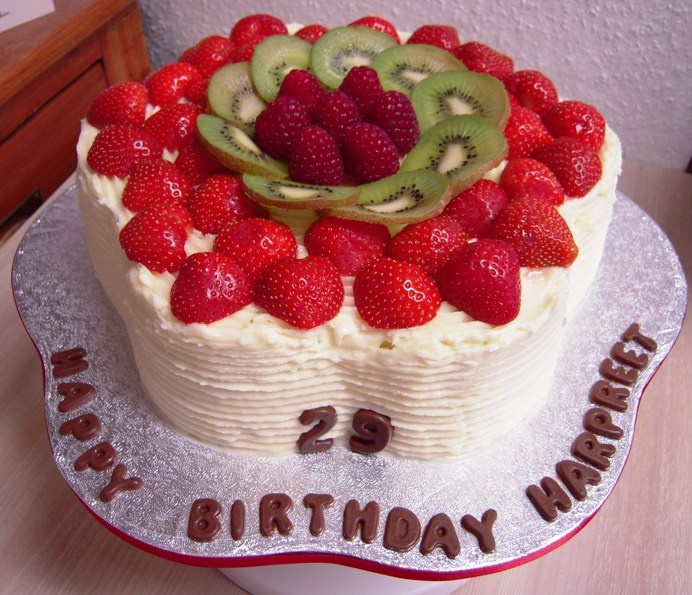 Cake With Fruit Pinterest : Fresh Fruit Birthday Cake Piece of Cake Pinterest