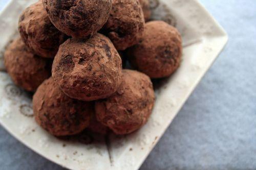 chocolate bourbon balls | favorite desserts | Pinterest