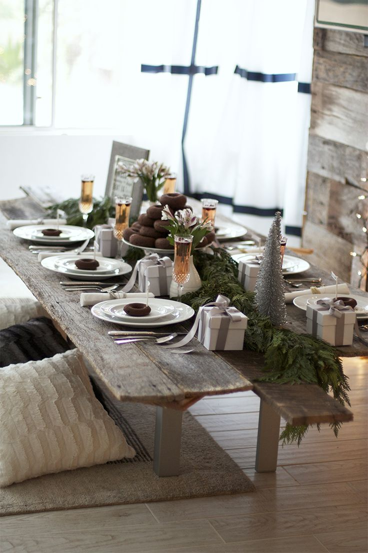 Christmas brunch table decorations pinterest for Table 6 brunch