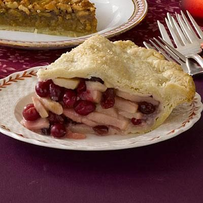 cranberry pie.. with pear! Looks yummy, pinning now for later.