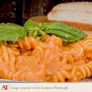 Tomato Basil Fusilli with Spicy Tomato Cream Sauce
